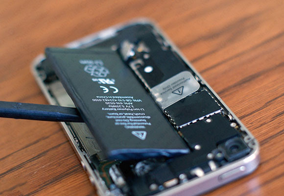 Gli aggiornamenti rallentano il tuo iPhone: ecco spiegato perché